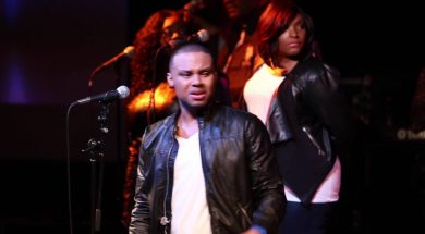 Todd Dulaney – Victory Belongs To Jesus (LIVE)