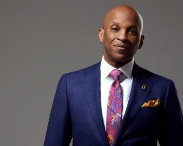 3rd day of more great & funny 60th B-day singing & shout outs for Donnie McClurkin