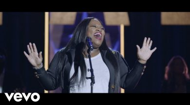 Tasha Cobbs Leonard – Mary's Song (Live At The Ryman, Nashville, TN/2020)